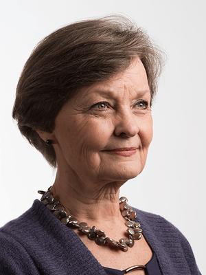 Carolyn Ros